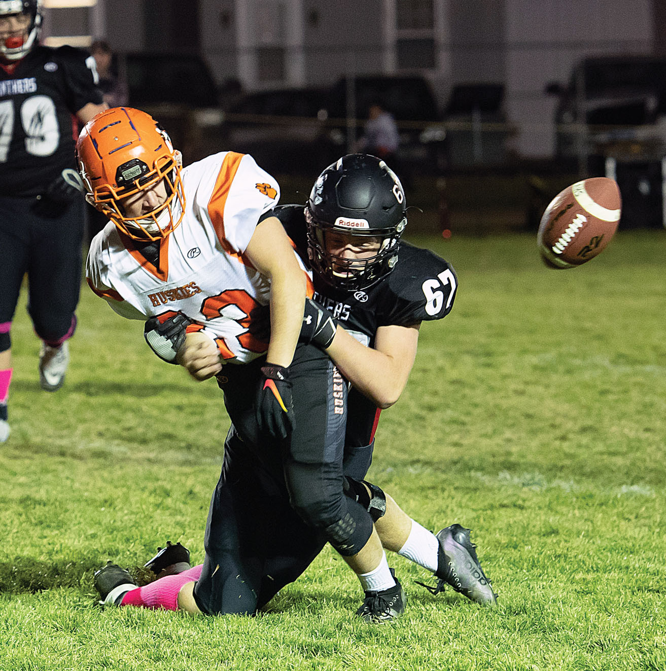 Photo by Bud Chenault  Park City's Eyan Jordet brings down an Absarokee player as the ball approaches.